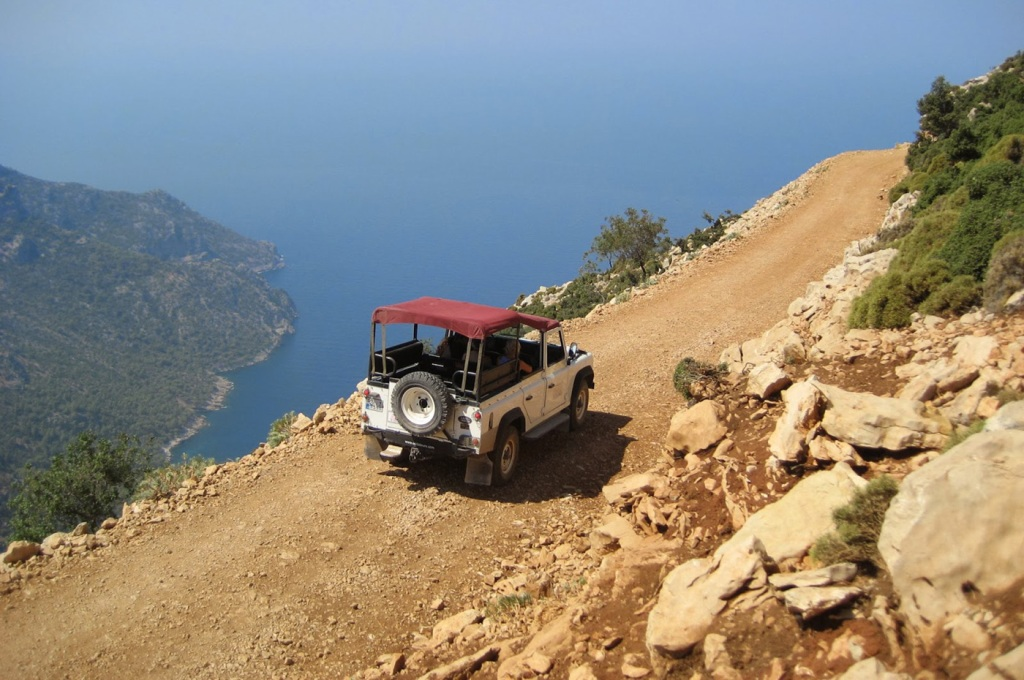 guide-on-driving…in-greek-islands2